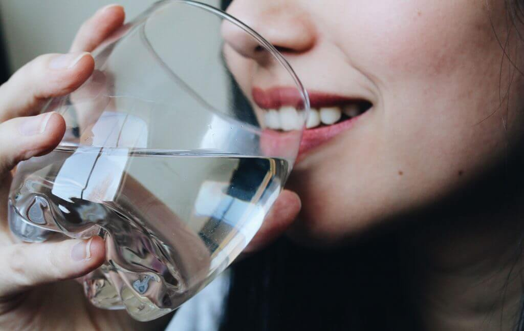 why you need to drink 8 glasses of water a day while you're an exercise?